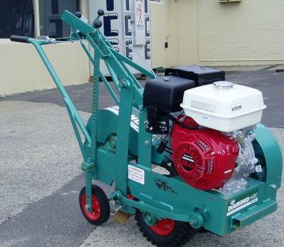/sites/diamondhirecomau//assets/public/image/ProductListing/Turfcutter.JPG