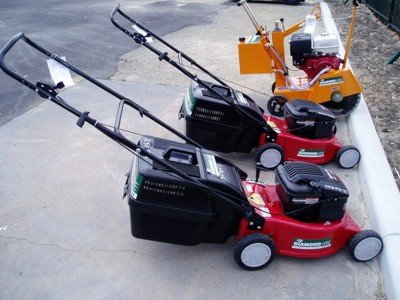 /sites/diamondhirecomau//assets/public/image/ProductListing/lawnmowersandedger.JPG