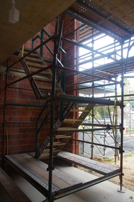 /sites/diamondhirecomau//assets/public/image/ProductListing/Steel Stairs main.JPG